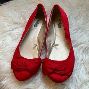 Charolette Russe sz 7 Red Flats like new
